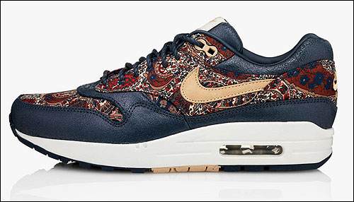 reputable site 4addf 41b10 Nike WMNS Air Max 1 Bourton Liberty Navy